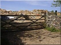 SO9805 : Duntisbourne tip by Graham Horn