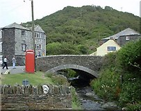 SX0991 : Boscastle Bridge (Before the Flood) by Nick Mutton