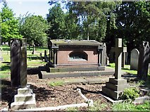 TL3706 : St Augustine, Broxbourne, Herts - Churchyard by John Salmon