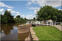 SO8453 : Start of the Worcester & Birmingham Canal by Bob Embleton