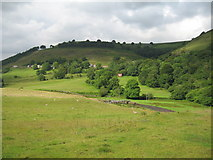 SO1506 : View of Troedrhiwgwair from Bedwellty Pit Tip. by Jessica Aidley