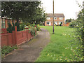 SE1720 : Park Lea - pathway towards Woodlands Close by David Ward
