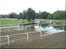SO8455 : First bend at Worcester Racecourse by Trevor Rickard