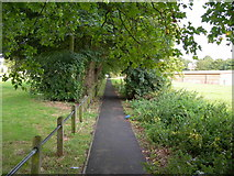 TQ7668 : Footpath Between Prince Arthur Road and Mill Road by Danny P Robinson