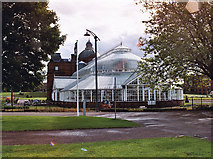 NS6064 : People's Palace, Glasgow Green by Wasp