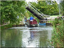 SU7251 : The Basingstoke Canal by Andrew Smith