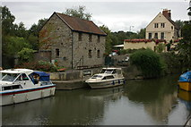 ST6568 : The Lock Keeper at Keynsham by Philip Halling