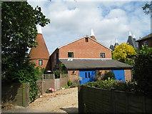 TQ6349 : Bourne Grange Oast, Carpenters Lane, Hadlow, Kent by Oast House Archive