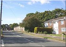 SE1321 : Sherburn Road, Rastrick by Humphrey Bolton