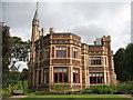 NZ2560 : Saltwell Mansion, Saltwell Park, Gateshead by wfmillar