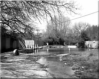 SU7251 : Ford, North Warnborough, Hampshire by Dr Neil Clifton