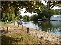 TG2608 : River Yare at Thorpe St Andrew River Green by Helen Steed