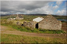 NR6977 : Deserted farm buildings on Island of Danna by Colin Chambers
