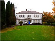 J3271 : Richmond Lodge School [1] by Rossographer