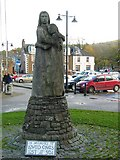 NX6851 : Kirkcudbright Memorial Statue by Johnny Durnan