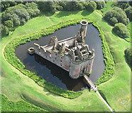 NY0265 : Caerlaverock Castle by Simon Ledingham