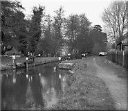 TQ0155 : Worsfold Gates, Wey Navigation by Dr Neil Clifton