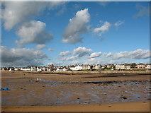 NT4999 : Low tide in Elie Bay by Gordon Hatton