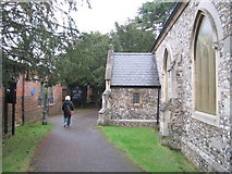 TQ1667 : St. Nicholas Church - Thames Ditton by Bob Parkes