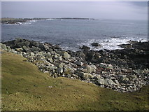 HU6067 : Rocky beach at Easter Netlar, Whalsay. by Robert Sandison