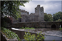 S0524 : Cahir Castle by Mike Searle