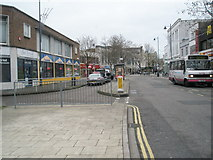 SU6400 : Northern end of Commercial Road by Basher Eyre