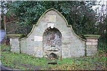 TA0114 : Drinking fountain by Richard Croft