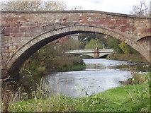 NT5173 : Bridges over the River Tyne at Haddington, East Lothian, Scotland. by James Denham