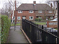 SK5548 : Bestwood Village, The Spinney by Alan Murray-Rust
