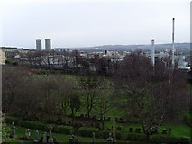 NS6065 : Glasgow's East End from the Necropolis by Stephen Sweeney