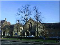 TL1314 : High Street Methodist Church Harpenden by Gary Fellows