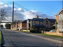 TA0225 : Cliff Road, Hessle by David Wright