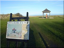 NU0052 : Berwick-upon-Tweed, Lowry Trail shelter by Chris Newman