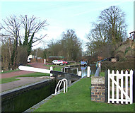 SO8688 : Staffordshire and Worcestershire Canal at Greensforge by Roger  Kidd