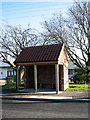 TG3112 : Bus shelter by Evelyn Simak