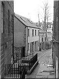NT2674 : Gayfield Place Lane by Richard Webb
