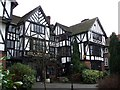 SP9211 : The Rose & Crown Hotel, Tring by Rob Farrow