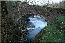 NM7047 : Rannoch River bridge at Achranich by Peter Bond