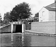 SE1039 : Three Rise locks, Bingley, Leeds and Liverpool Canal by Dr Neil Clifton