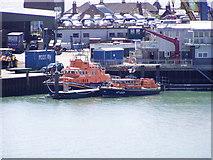 TM2532 : Harwich lifeboats by scillystuff