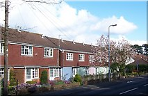 SU5707 : Converted Cottages-Kiln Rd by Colin Babb