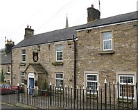 NY6565 : Greenhead Hotel (2) by Mike Quinn