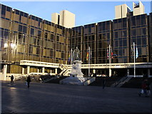 SU6400 : Guildhall Square by Shaun Ferguson
