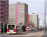 TA0828 : Anlaby Road, Hull by Paul Harrop