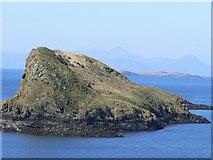 NG4074 : Tulm Island by James Allan