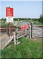 TA0408 : Kettleby Parks Level Crossing by Paul Glazzard