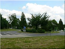 SU6350 : Golden Lion roundabout by Given Up