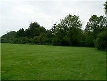 SU5846 : Corner of the recreation ground by Given Up