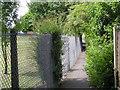 SJ9121 : Footpath past a school by Row17
