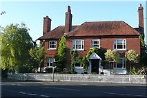 SU4773 : Former pub by Graham Horn